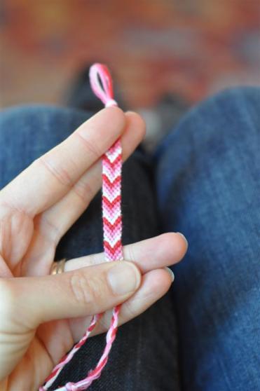 Adirondack Inspired: friendship bracelet